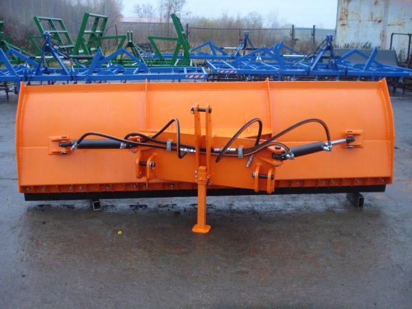 Pług do śniegu sterowany hydraulicznie, szerokość 3 metry