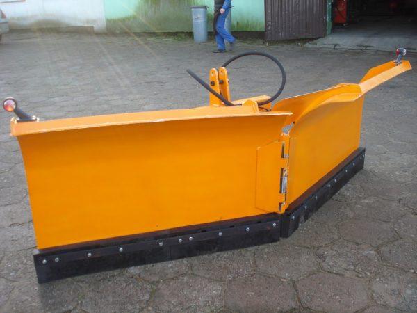 Pług do śniegu strzałkowy sterowany hydraulicznie, szerokość 2.80 metra