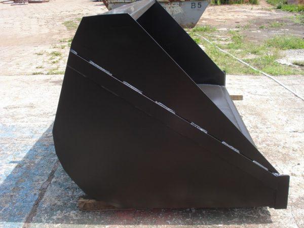 Łyżka uniwersalna szerokość 2.5 m JCB