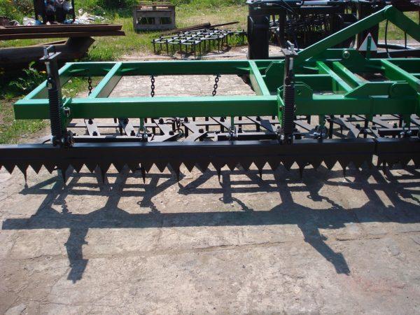 Rama bron 7 polowa z hydrauliką i WŁÓKĄ UCHYLNĄ, szerokość robocza 7.50 metra