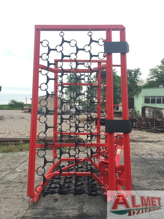 Włóka łąkowa szerokość robocza 8.30 metra